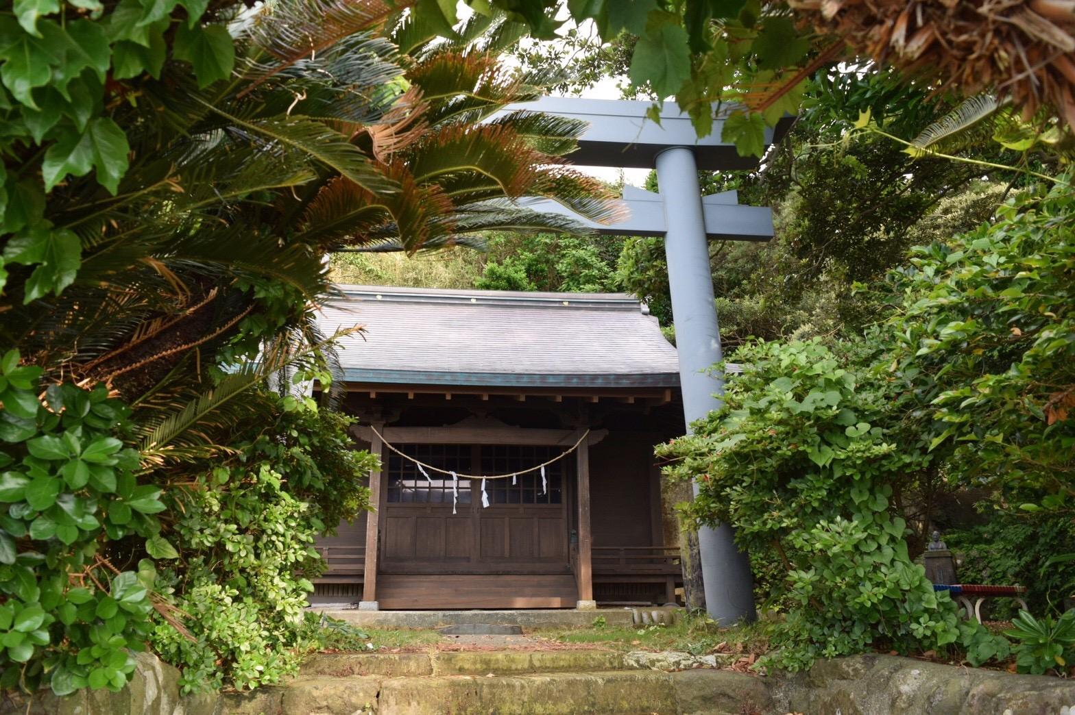 御蔵荘 神社