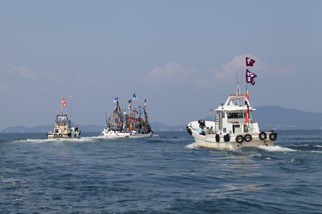 漁船 パレード