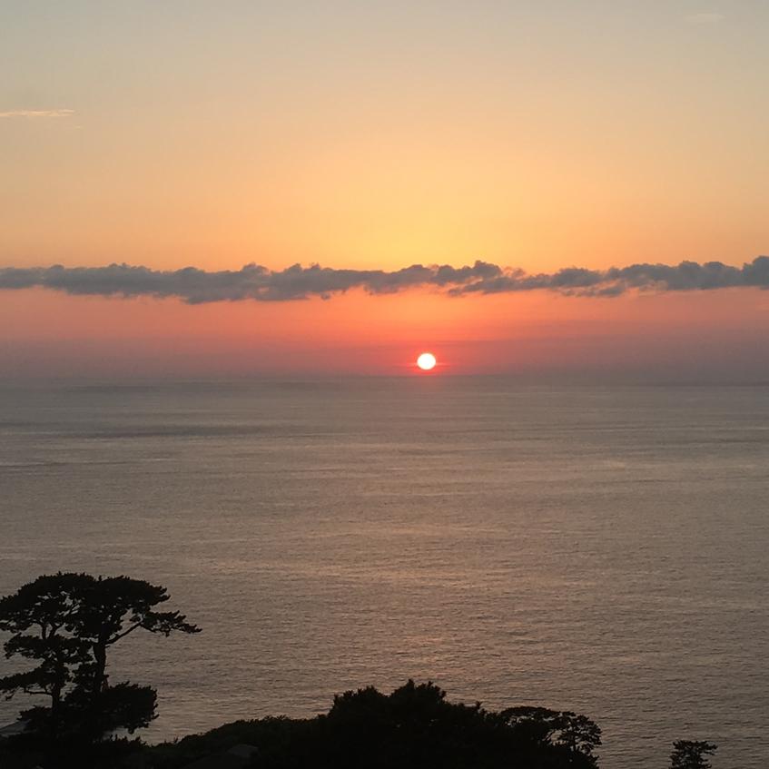食堂から見る夕日