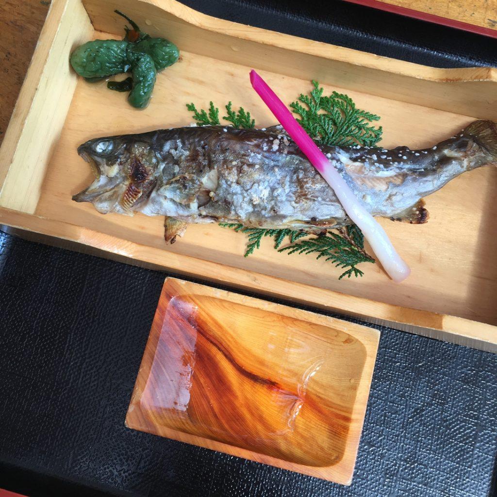 ひろつぎ 岩魚塩焼き