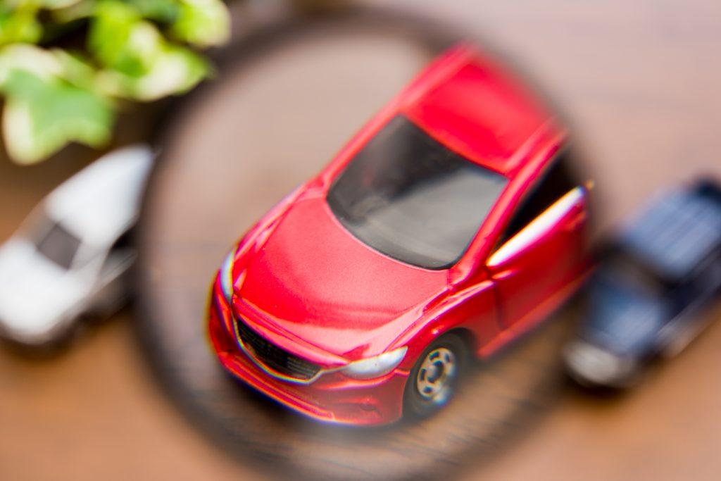 車 自動車 虫眼鏡