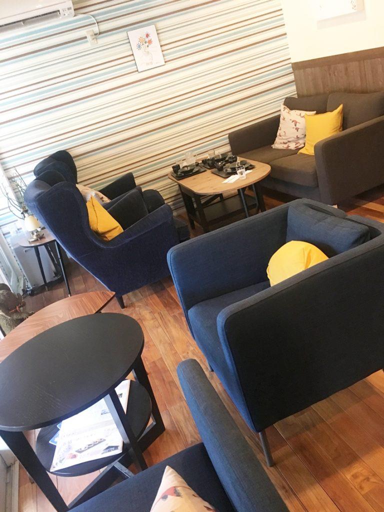 カフェ店内