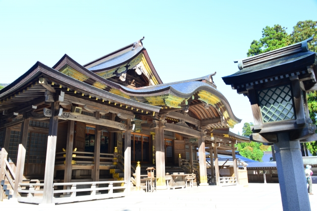 新潟県の弥彦神社