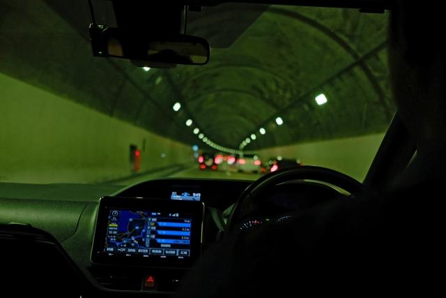 トンネルの運転