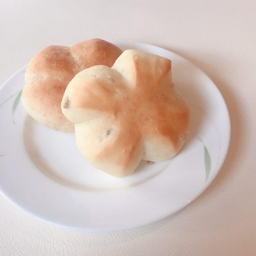 トラットリアコルティーレ 手作りパン