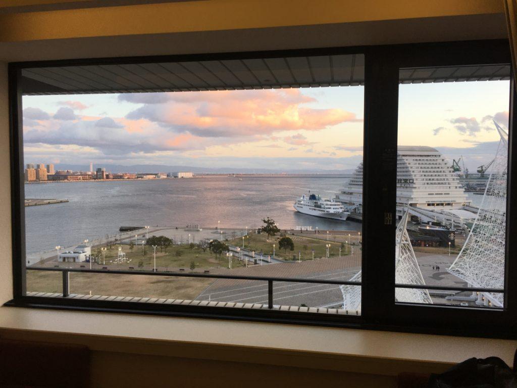 客室の窓からの眺め