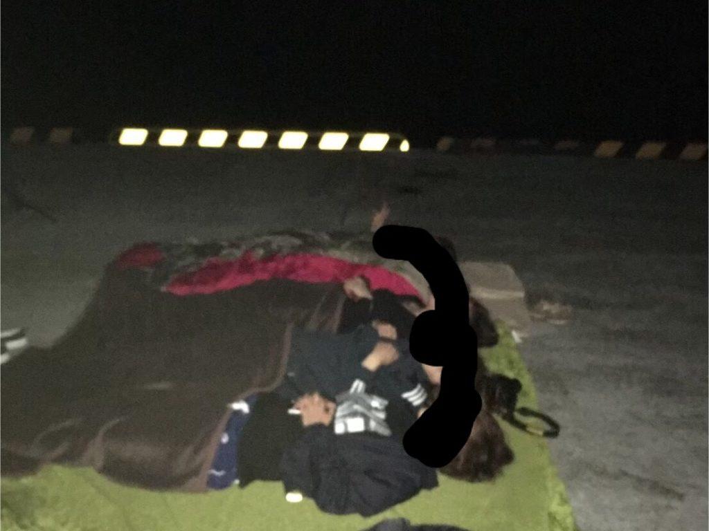 御蔵島で寝転んで星を見る