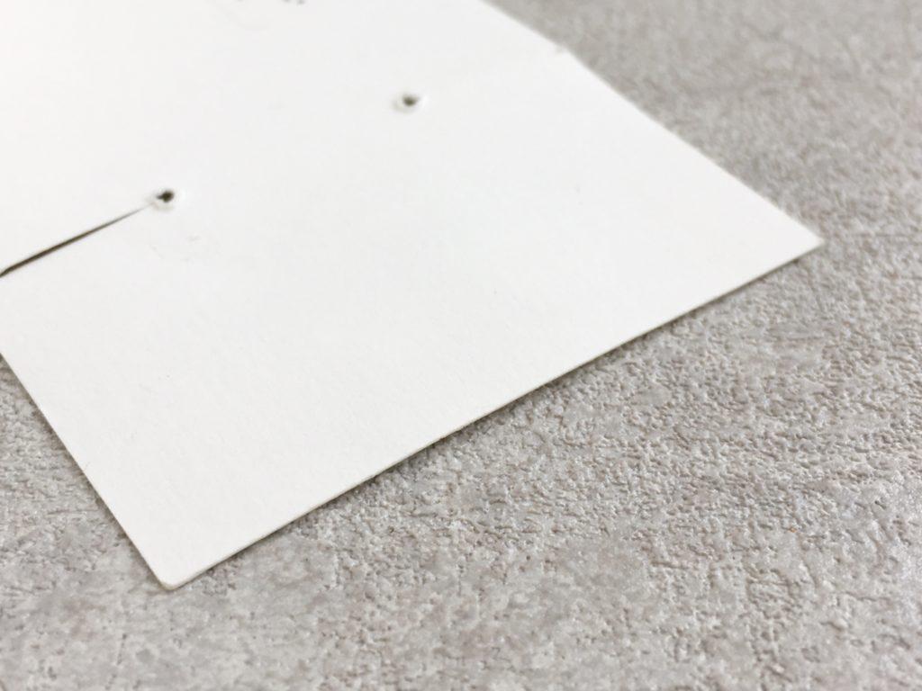 剥がした後の台紙・歪み